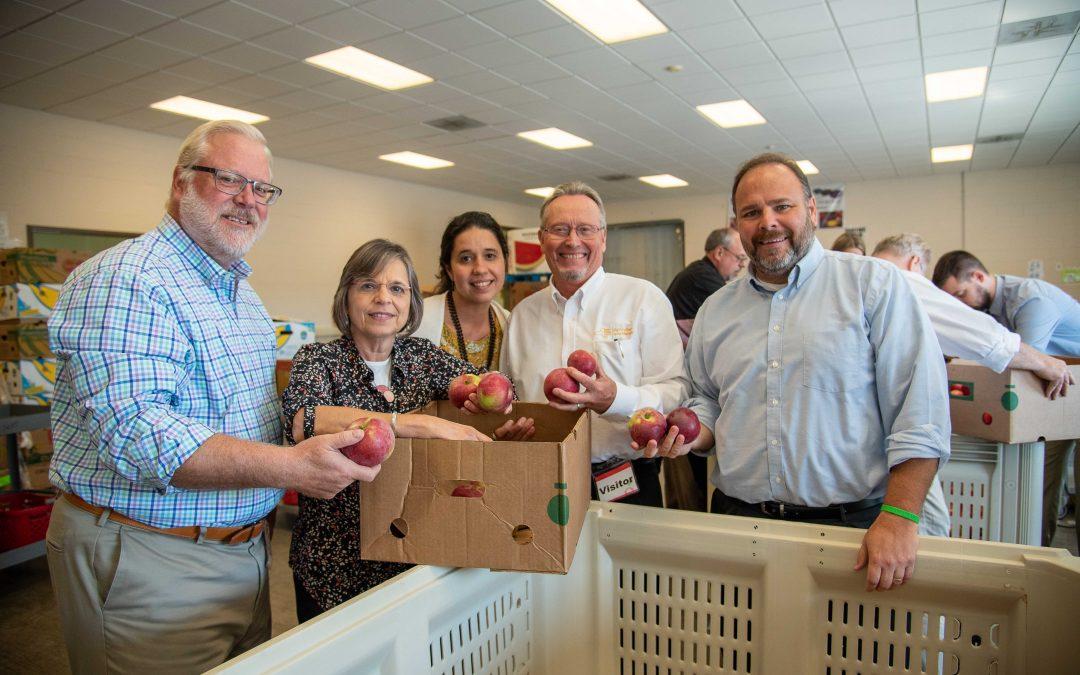 State Ag visits Food Bank