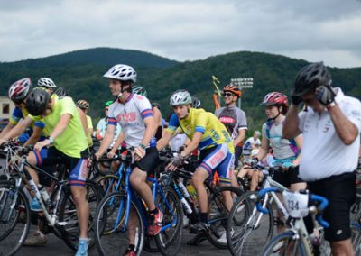 foodbankst-events-tour-de-keuka-about-cyclists-preparing