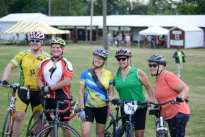 foodbankst events tour de keuka about smiling cyclists 300x200 - foodbankst-events-tour-de-keuka-about-smiling-cyclists