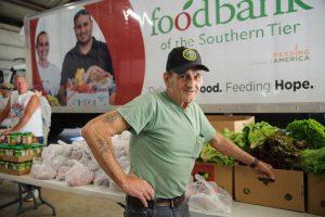foodbankst ways to give volunteer vet 300x200 - foodbankst-ways-to-give-volunteer-vet